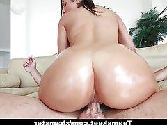 Big Boobs Big Butts Brunette Cumshot Small Tits