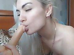 Babe Blonde Masturbation Webcam