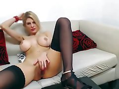 Big Boobs Big Butts Blonde Masturbation Webcam