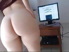 Amateur Babe Big Butts Close Up POV