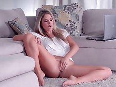 Babe Blonde Masturbation